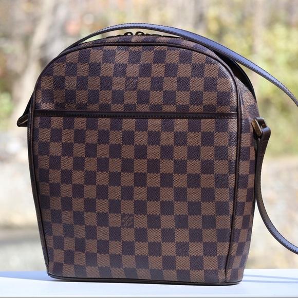Louis Vuitton Handbags - Louis Vuitton Ipanema GM Damier Ebene Shoulder Bag